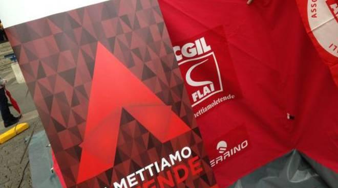 Flai-Cgil Bergamo, torna la Tenda Rossa dei diritti: assistenza e consulenza ai lavoratori