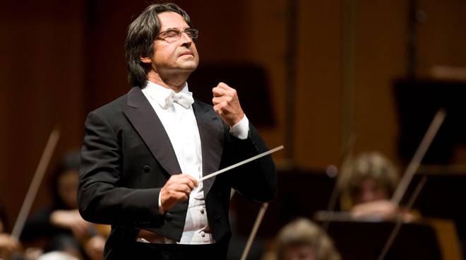 Il concerto di Muti al Donizetti è già da record: biglietti esauriti e lista d'attesa
