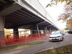 Calcinacci caduti dal viadotto di Boccaleone