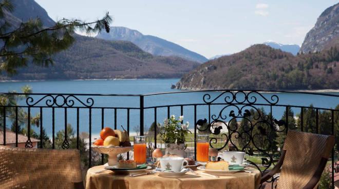 colazione lago