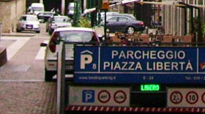 parcheggio piazza della libertà