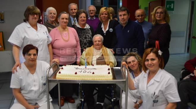 La festa della 104enne Francesca Gennaro
