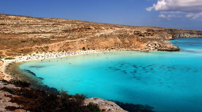Mai stati sulla splendida Lampedusa? Volo diretto da Orio e ...