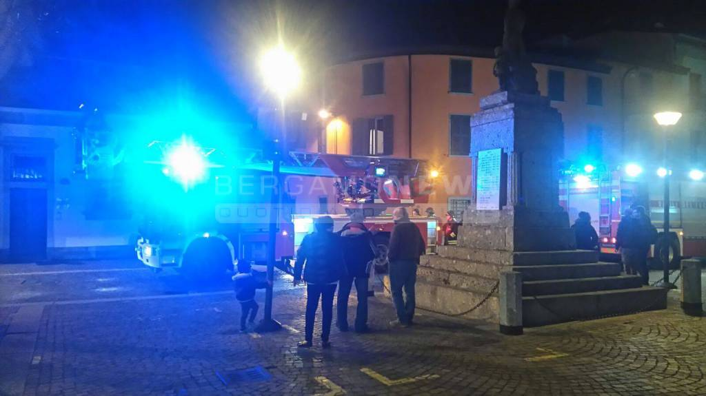 Vigili del fuoco a Treviolo