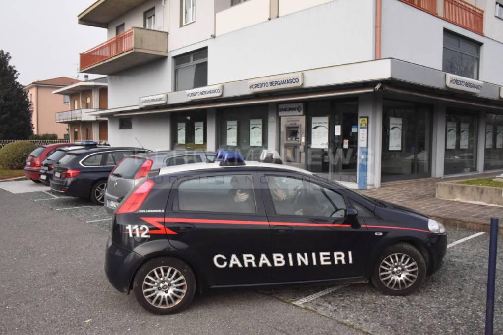 carabinieri rapina banca paladina