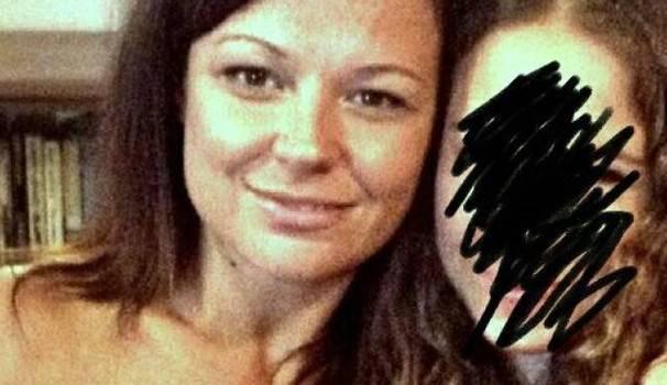 Sara, mamma di 37 anni scomparsa: ritrovata l'auto bruciata