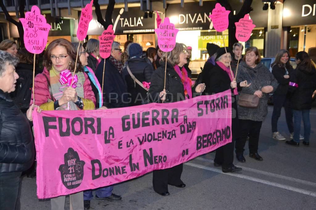Le donne in marcia