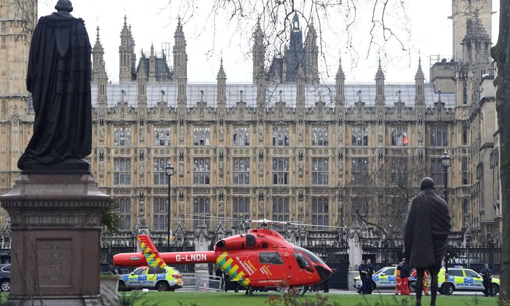 Londra: terrorismo a Westminster. 5 morti. Due italiane ferite