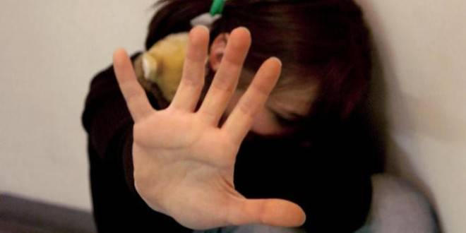 abusi bambina