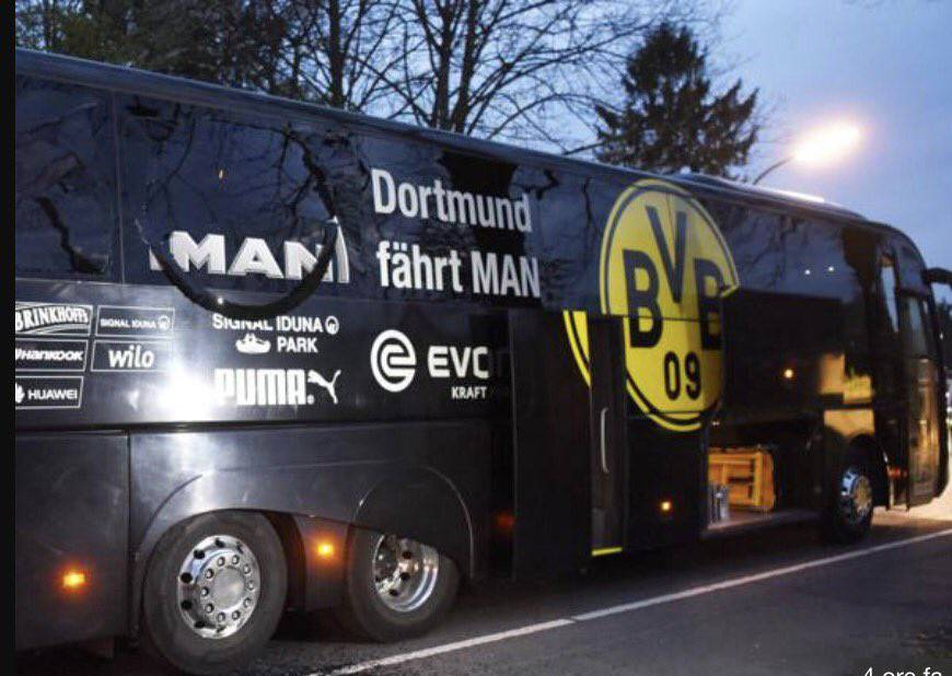 http://www.bergamonews.it/photogallery_new/images/2017/04/bus-borussia-571741.660x368.jpg