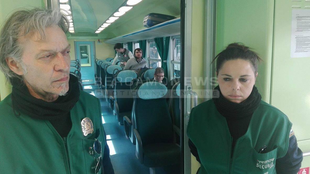 Il viaggio in treno con le guardie