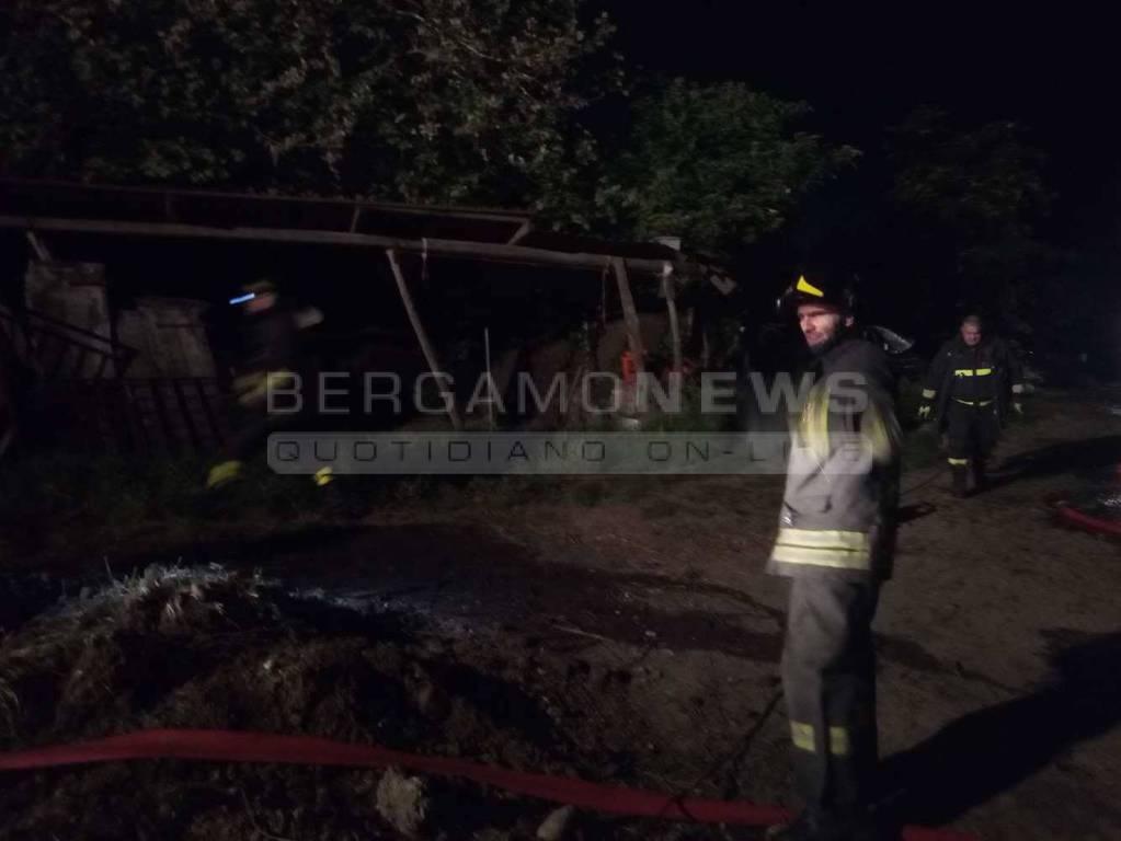 Incendio in serra a Brignano