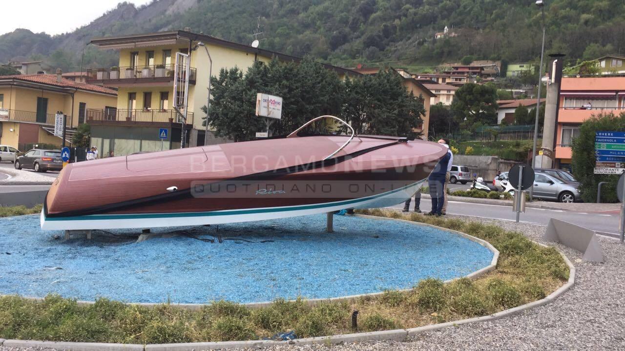 Motoscafo Riva