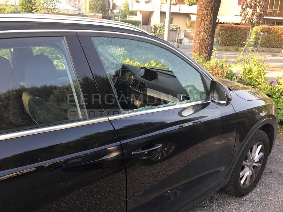 furto auto finestrino