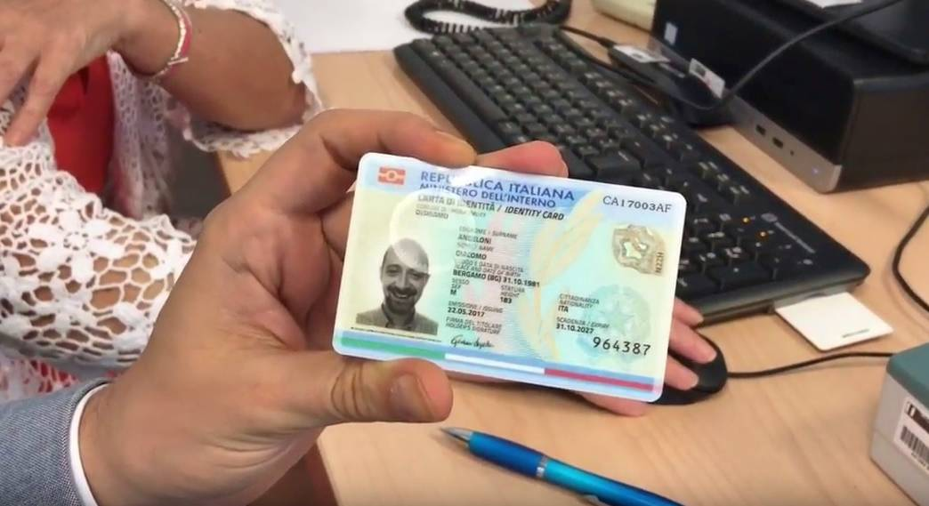 Carta d'identità elettronioca