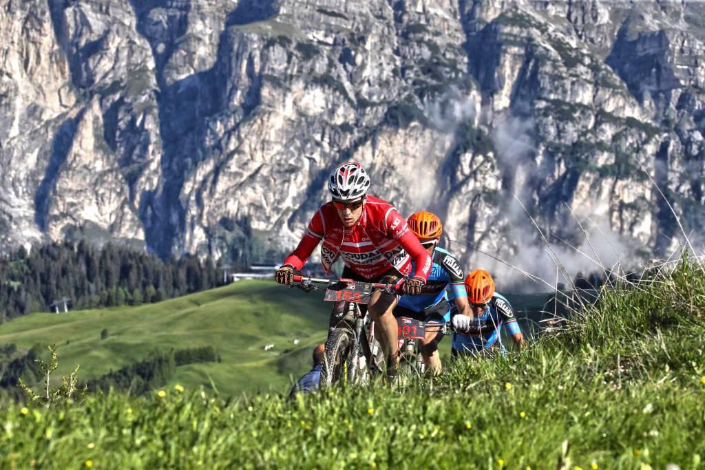 Hero Südtirol Dolomites,