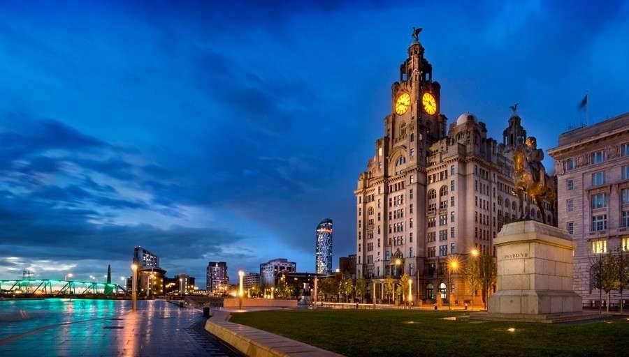 Oradea Liverpool transport persoane