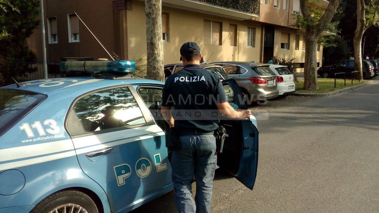 Brescia, molotov contro un albergo che ospiterà profughi