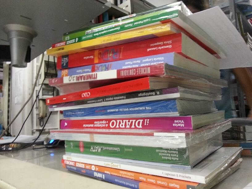 al via il mercatino dei libri scolastici usati dagli