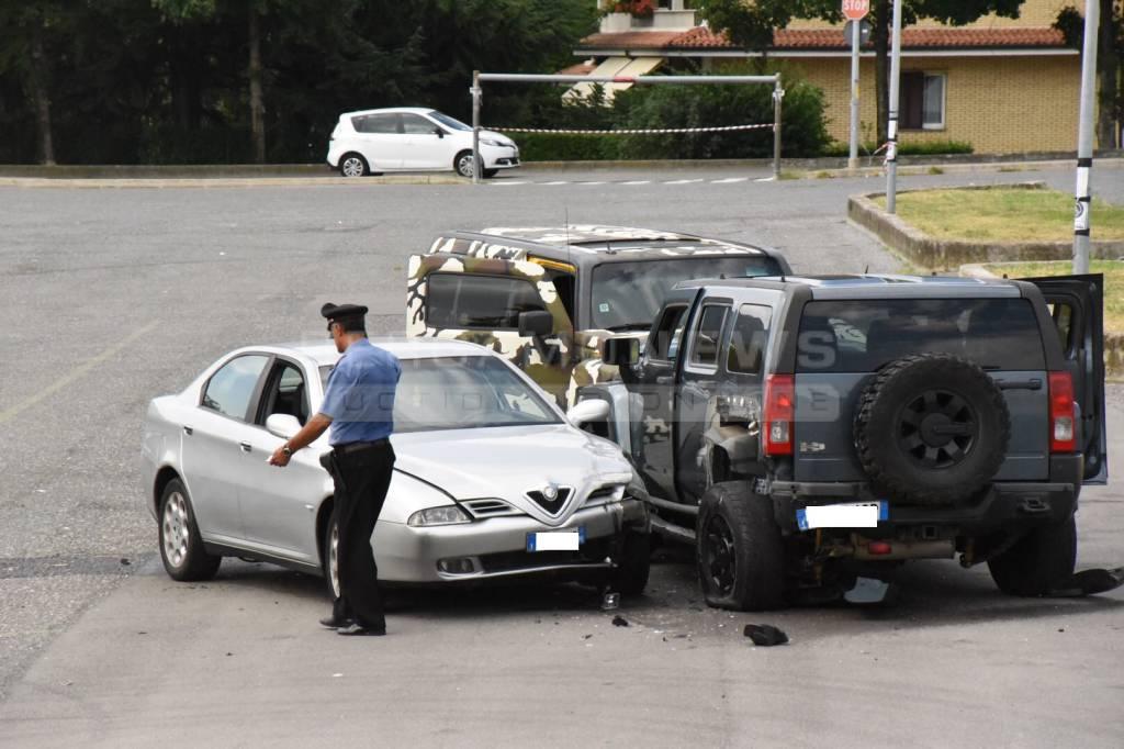 Bergamo, sparatoria tra bande rom nel parcheggio