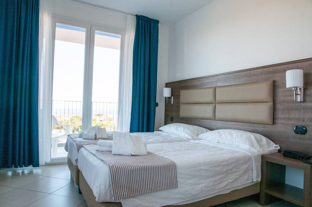"""""""Ai Pozzi Village"""", hotel e appartamenti a Loano"""