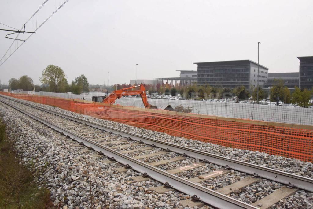 Fermata ferroviaria all'ospedale di Bergamo