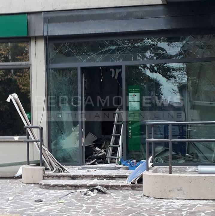 Bancomat esploso a Dalmine