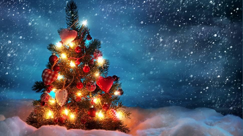 Alberi Di Natale In Legno Addobbati : Alberi di natale idee stili e ultime tendenze per gli addobbi
