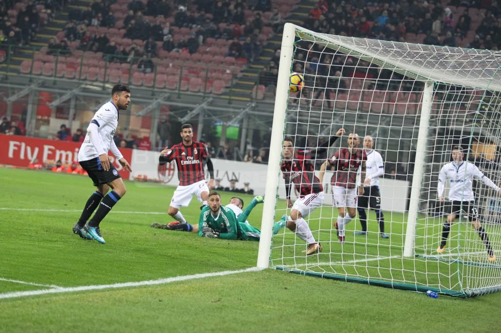 Atalanta-Milan 1-1, Masiello in pieno recupero risponde a Kessie