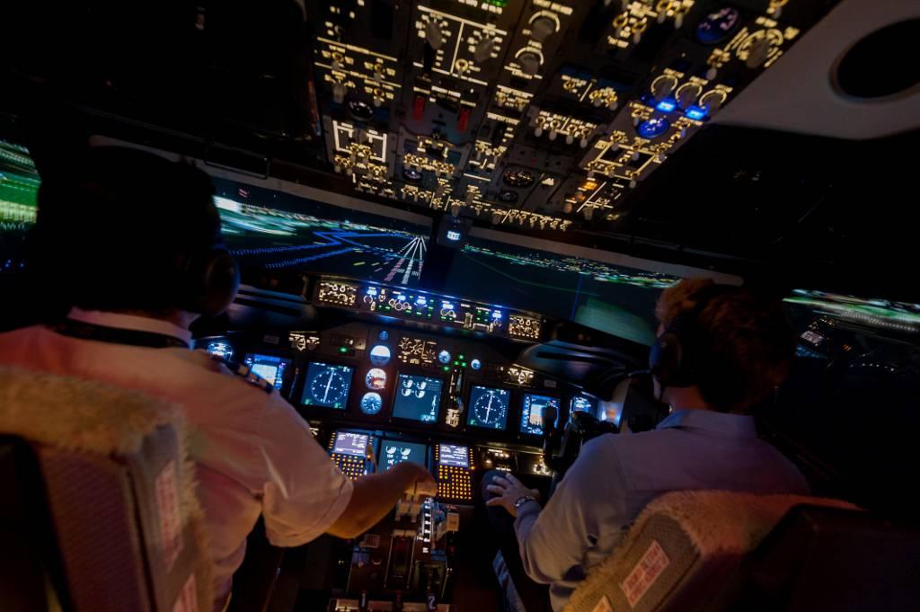 Un simulatore di volo professionale di Boeing 737 Ng per regalare l'emozione di essere piloti per un giorno