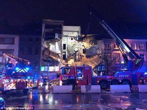Belgio, crolla palazzo ad Anversa: almeno una decina di dispersi