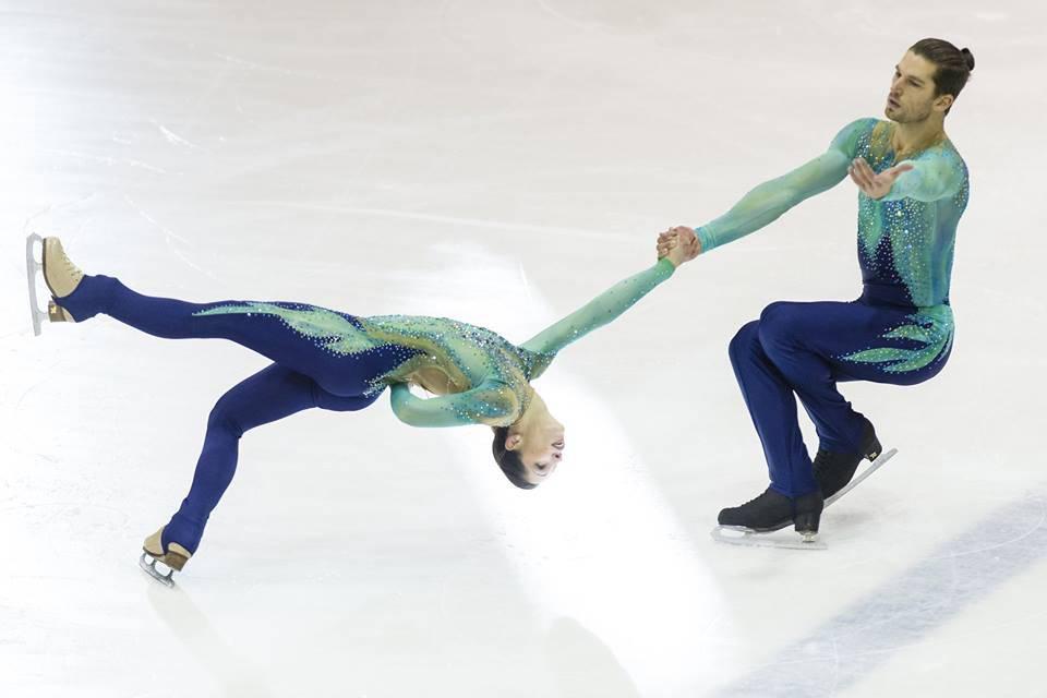 sono i pattinatori russi coppia figure incontriinglese incontri Sims per iPad