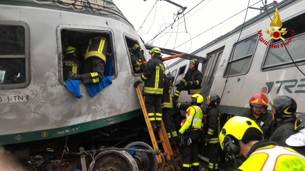 Scontro tra treni a Pioltello