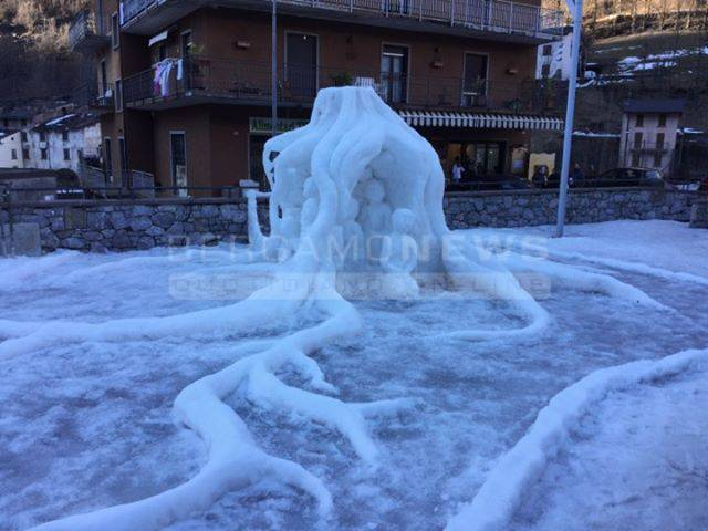sculture di neve e ghiaccio