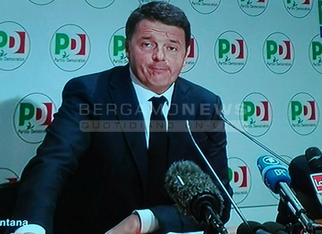 Crolla il Pd, giallo sulle dimissioni di Matteo Renzi dalla segreteria