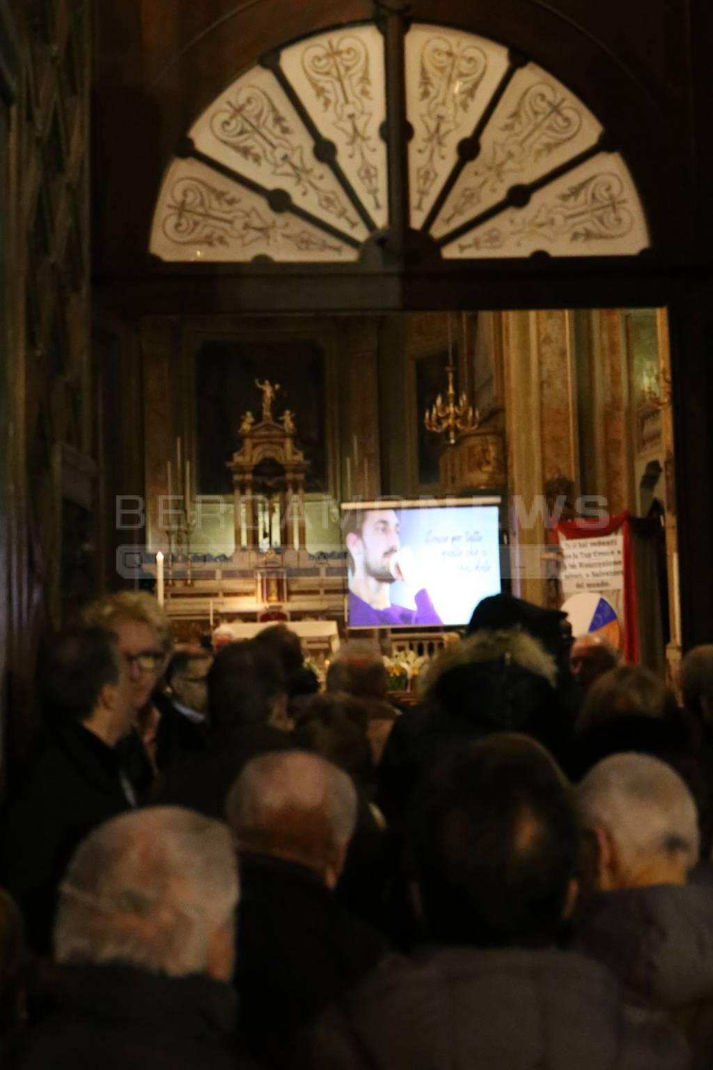 Morte di Davide Astori, la dedica a Francesca e alla piccola Vittoria