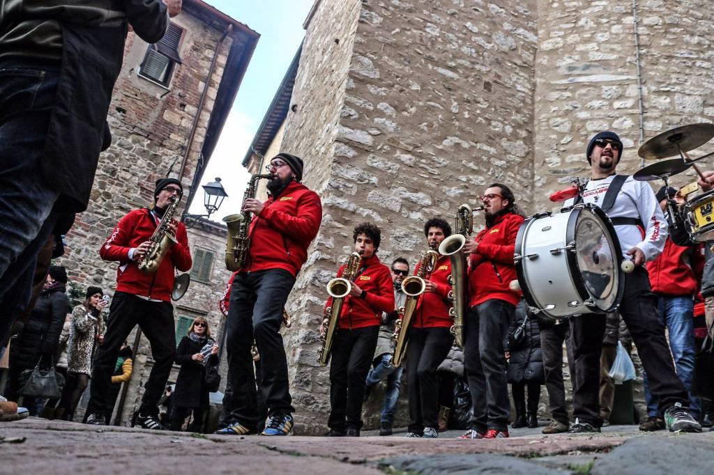 Magicaboola Brass Band.