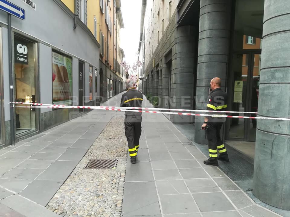 Cade lampione in via Sant'Orsola