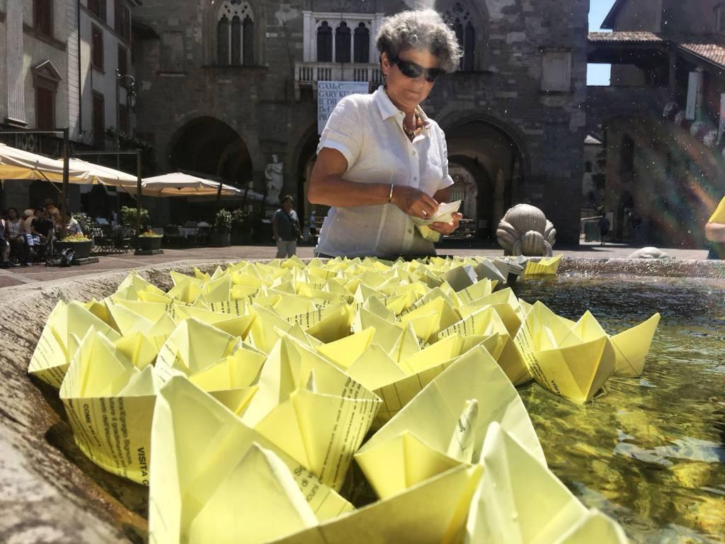 Le barchette in piazza Vecchia