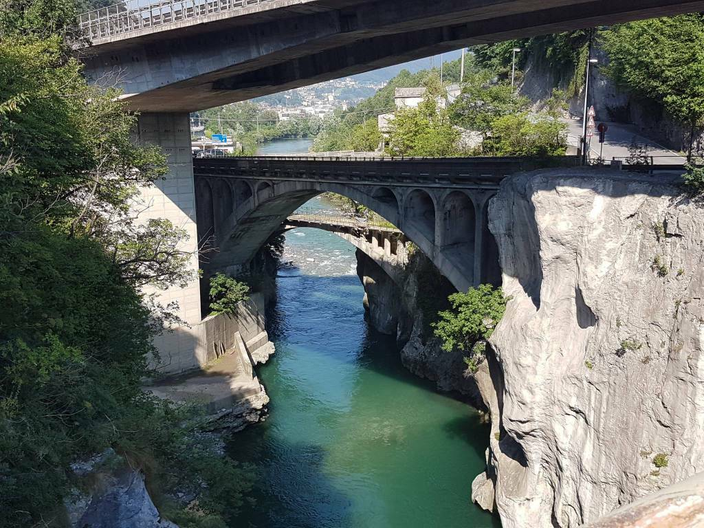ponte di sedrina