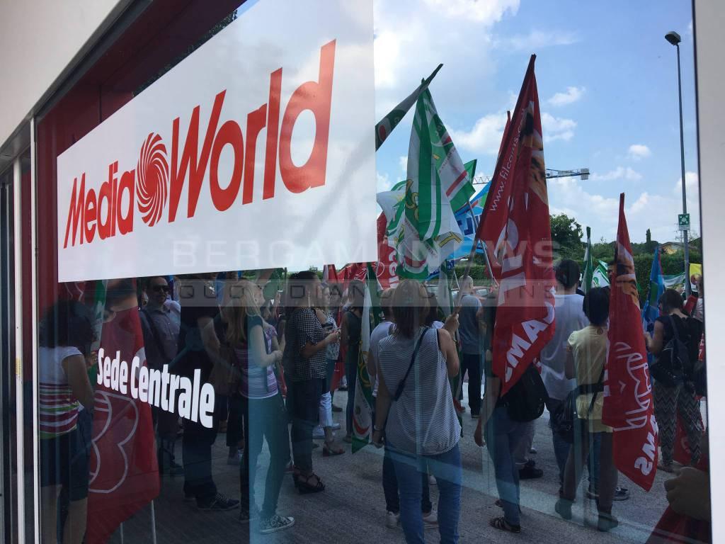 protesta mediaworld