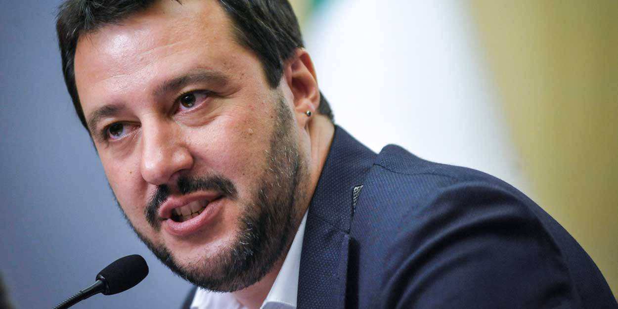 Rom | Casamonica | Salvini righi dritto