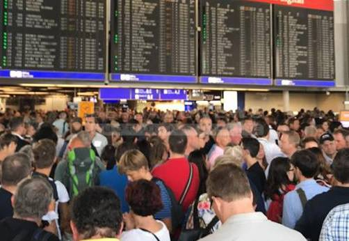 Germania: sgomberata parte dell'aeroporto di Francoforte