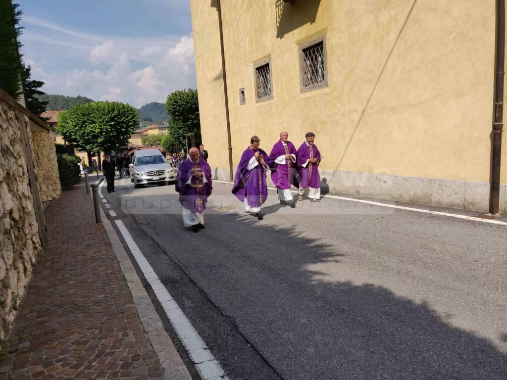 funerali Massimo Scanzi
