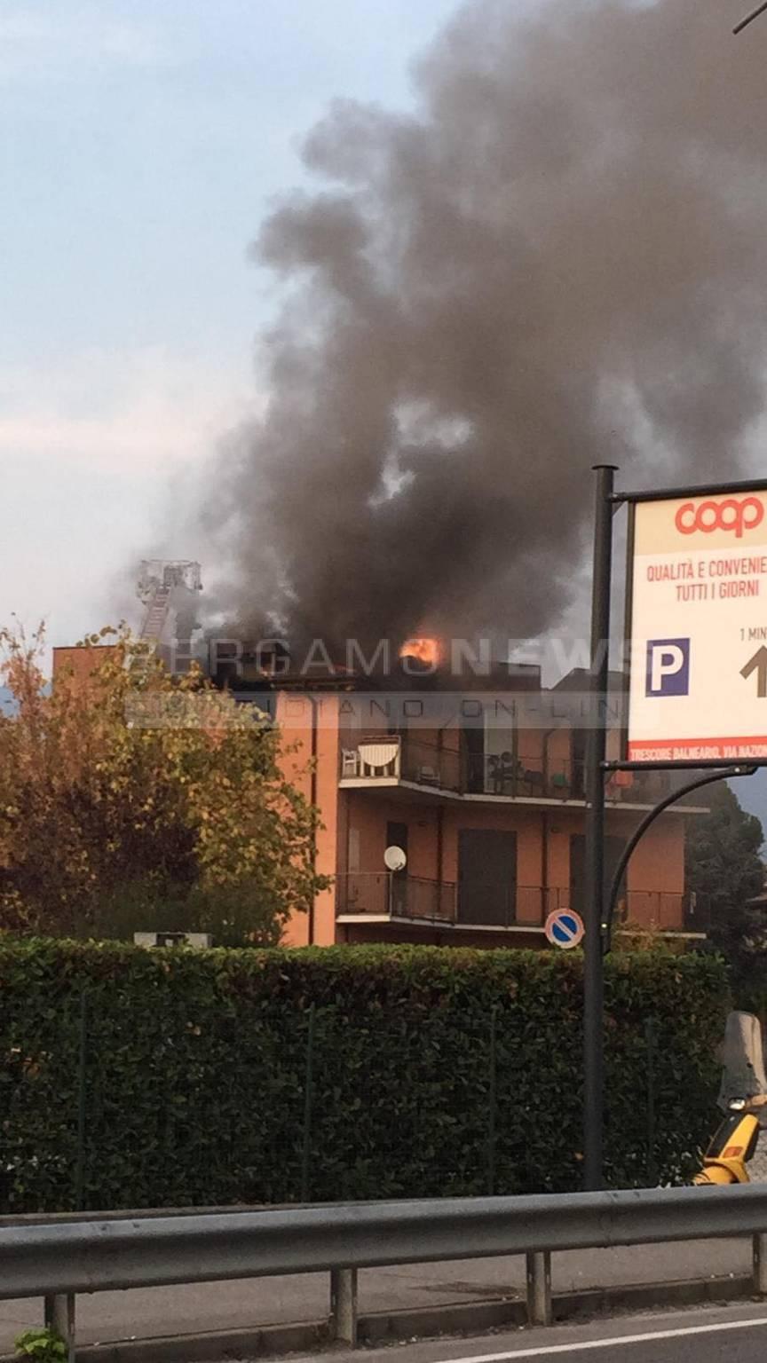 Incendio in una casa a Cenate Sotto