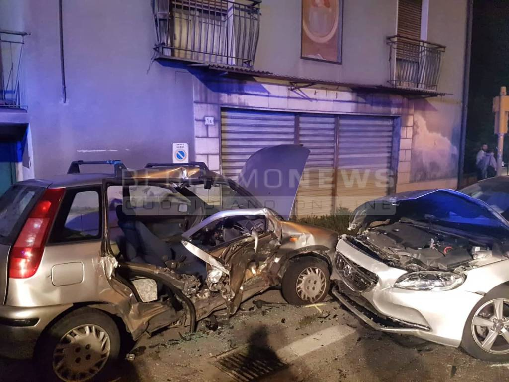 Incidente stradale a Colzate