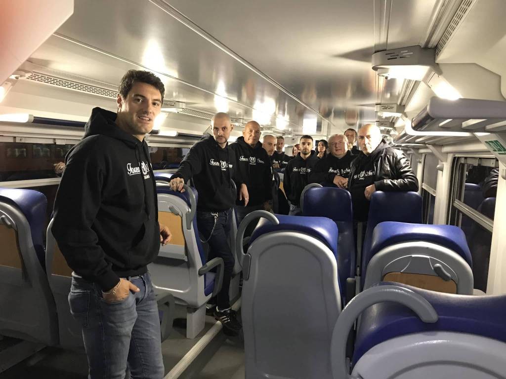 Ronde di Forza Nuova sul treno