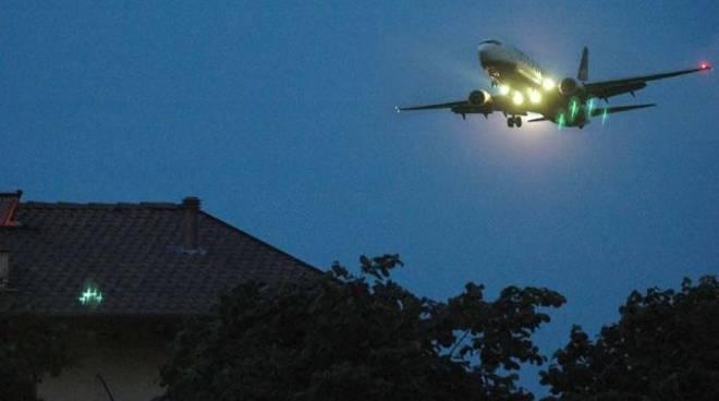 aeroporto orio voli notturni