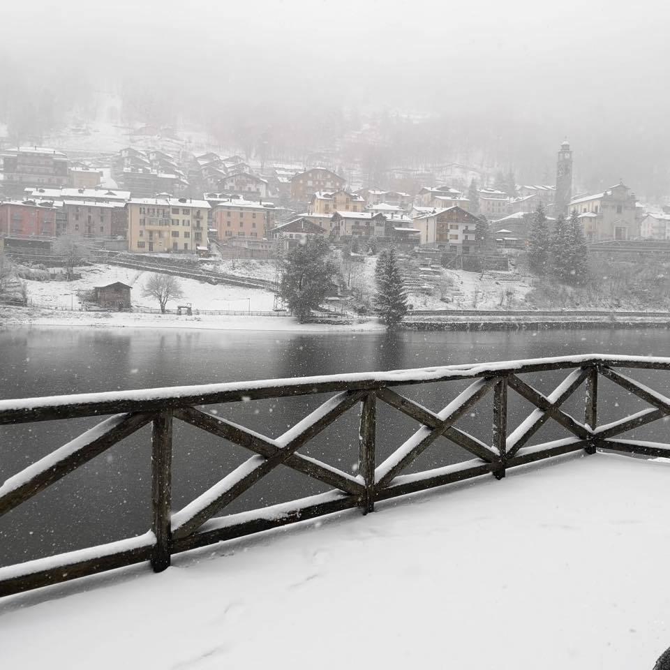 Nelle valli bergamasche arriva la neve