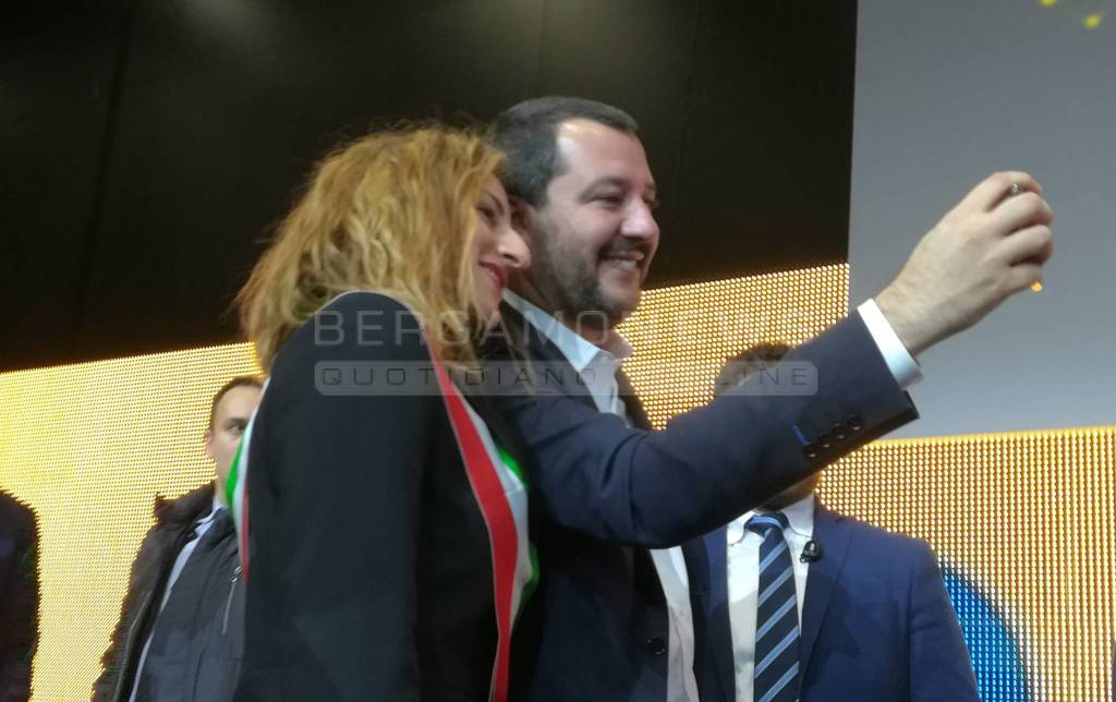Selfie Salvini Roma